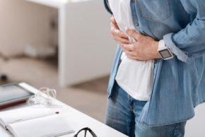 Nutrisi yang Harus Dipenuhi Saat Sahur Bagi Penderita Maag