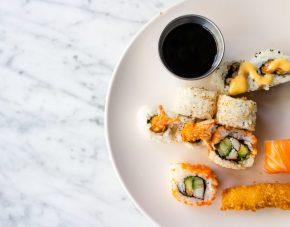 Cara Menyantap Sushi yang Tepat