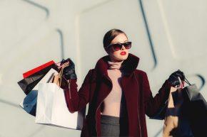 Alasan Berbelanja di Dalam dan di Luar Negeri